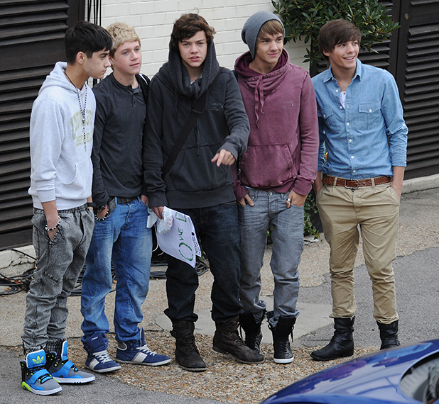 X Factor finalists Zain Malik, Niall Horan, Harry Styles, Louis Tomilnson and Liam Payne of boy band One Direction arriving at a studio for rehearsals London, England - 22.10.10