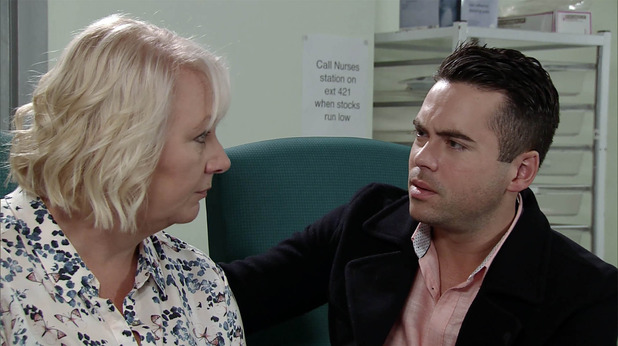 Corrie, Eileen and Todd at Phelan's bedside, Fri 16 Dec